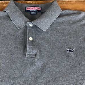 Vineyard Vines short sleeved collared polo.XL grey
